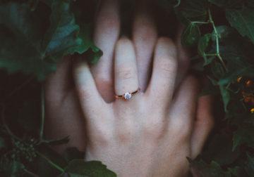 ルビーは婚約指輪の王道。ダイヤモンドよりも古いその歴史とはの画像
