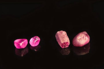 ミャンマー産天然無処理ルビーは地球が生み出した宝物。ルビー専門店モリスの画像