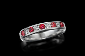 Eternity ring | ジュエリー  | 天然ルビーの画像
